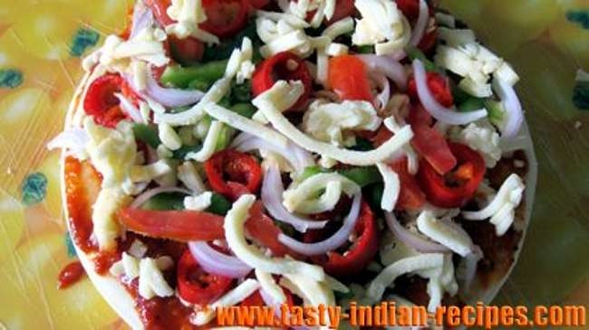 Vegetable-cheese-pizza