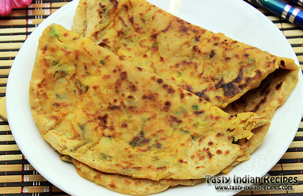 How to make methi aloo paratha methi aloo paratha recipe methi aloo paratha forumfinder Image collections
