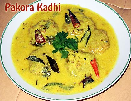 Pakora-Kadhi