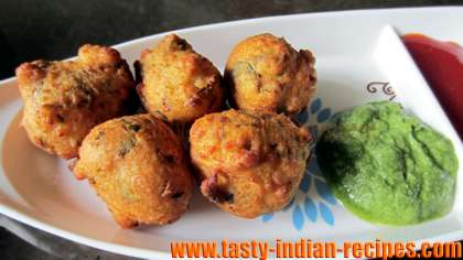 Serve Moong Dal Vada