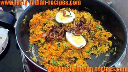 add-eggs-with-brown-onions