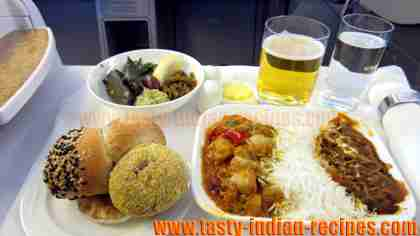 Food in Emirates Airline Business Class