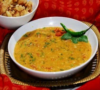 Parsi dal recipe how to make parsi dal parsi dal is a delicious indian daal recipe cooked with split red lentil masoor dal garlic and spices forumfinder