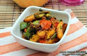 Potato Capsicum Curry