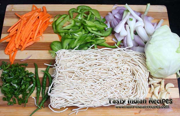 Schezwan noodles recipe schezwan hakka noodles recipe schezwan noodles recipe ingredients forumfinder Image collections
