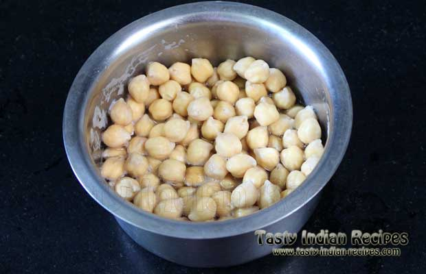 Chole Bhature Recipe Step1