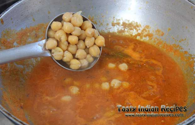 Chole Bhature Recipe Step7