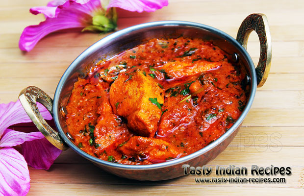 Chicken Masala in Red Spicy Gravy