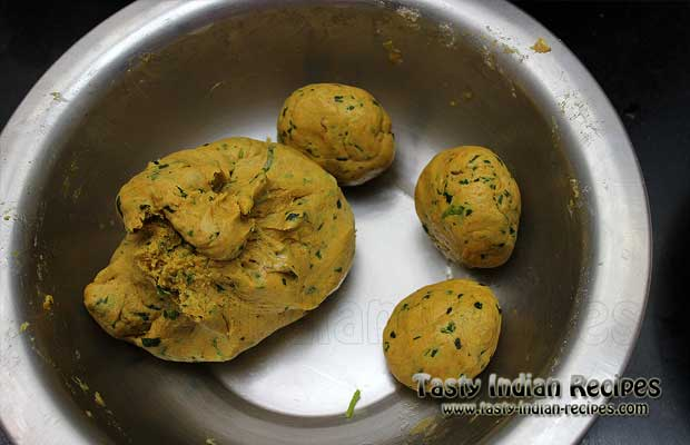 Methi Paratha Recipe Step 4