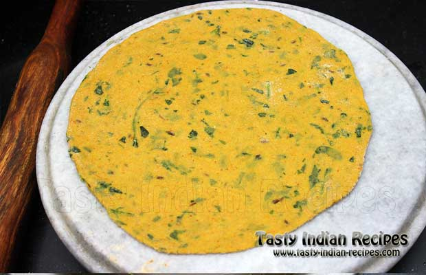 Methi Paratha Recipe Step 5