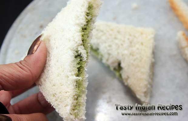 Green Chutney Pakora Recipe Step 5